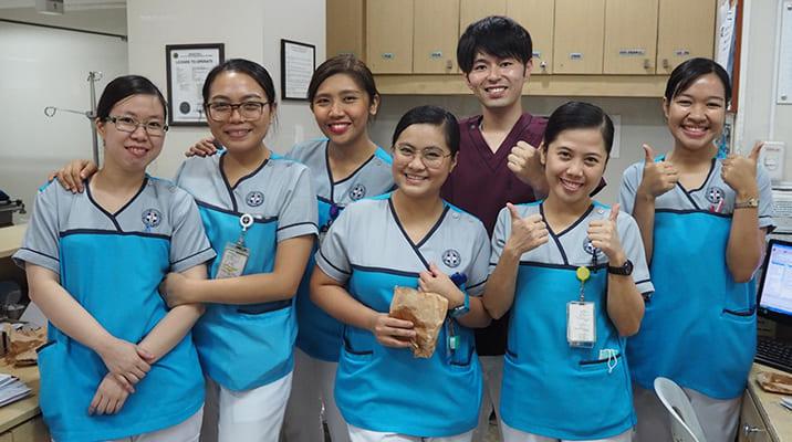 フィリピンの医療機関訪問やボランティアに参加