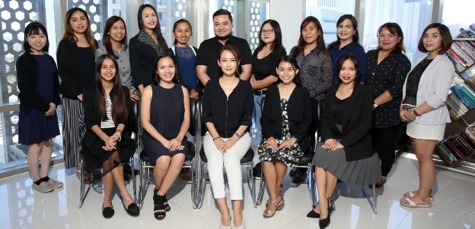 優秀なフィリピン人医療者の英語講師が授業を担当