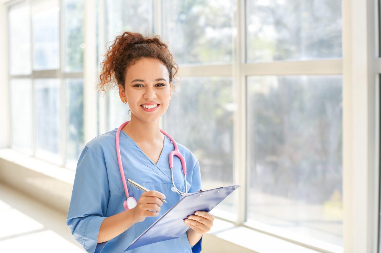 フィリピンの看護師事情 テストや給与、日本との違いを徹底解説!