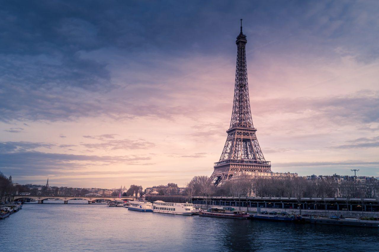 フランスの看護師事情!必要な資格や給与、特徴などを徹底解説!